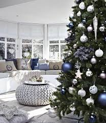 Elegant Christmas Decorating Ideas Pinterest by Best 25 Blue Christmas Tree Decorations Ideas On Pinterest Xmas