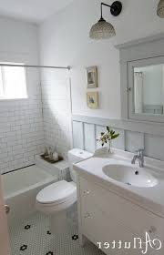 bungalow bathroom ideas how sarah made her small bungalow bath look bigger hooked on