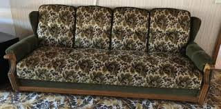altes sofa altes sofa holz gestell 4 sitzer vintage rusikal retro in