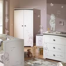 décoration winnie l ourson chambre de bébé chambre bebe winnie l ourson aubert famille et bébé