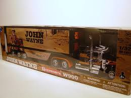 kw tractor trailer amazon com kenworth w900 john wayne 1 32 die cast new ray toys