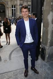 ansel elgort the 25 best ansel elgort girlfriend ideas on pinterest tris and
