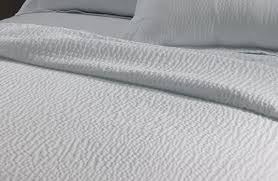 buy luxury hotel bedding from courtyard hotels textured coverlet