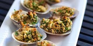 cuisiner des palourdes fraiches palourdes farcies facile recette sur cuisine actuelle