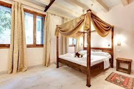 Vio Bathroom Furniture by San Vio Romantic Escape Apartments For Rent In Venezia Veneto
