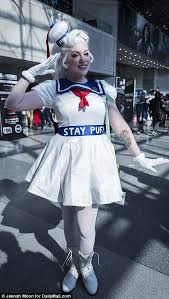 Stay Puft Marshmallow Man Costume New York Comic Con Sees Cosplayers Dress Up As Superheros And
