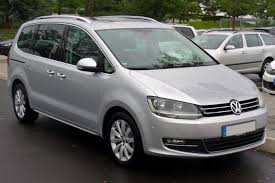 volkswagen caddy 1 2 2010 auto images and specification