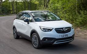 comparison vauxhall crossland x 2017 vs skoda karoq 4 4 2018