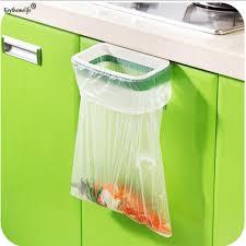 porte sac poubelle cuisine keythemelife utile suspendus cuisine porte de l armoire style