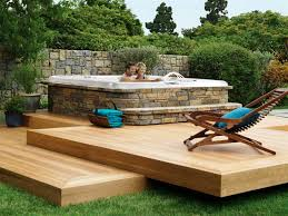 Backyard Decks Images by Backyard Decks And Landscaping Easy Backyard Deck Designs Ideas