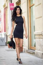 tight dress woman in tight dress walking photo free