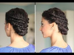 beautiful haircuts for curly hair 22 totally pretty 10 minute hairstyles for curly hair low buns