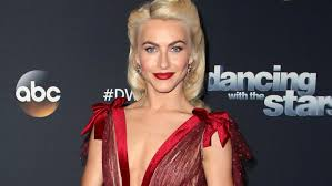 how to make your hair like julianne hough from rock of ages julianne hough dyes her hair red see the shocking pic