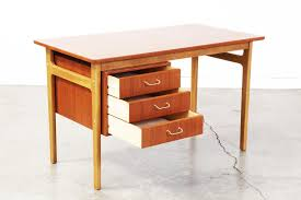 Contemporary Writing Desk Ideas For Modern Writing Desk U2014 All Home Ideas And Decor