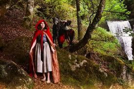 amanda knox dresses red riding hood shares snaps