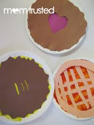 paper plate craft thanksgiving pies preschool activities and