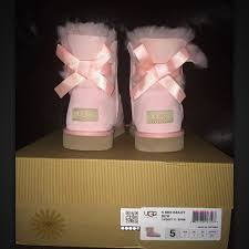 ugg bailey bow sale size 7 27 ugg other ugg mini bailey bow big size 5 womens 7