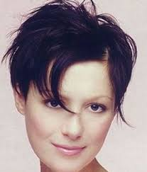 womens short hairstyles to hide hearing aids a shorter hairstyle that still can covers hearing aids