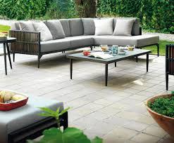 canap salon de jardin un canap de jardin bras droit modulable pour t tout confort salon d
