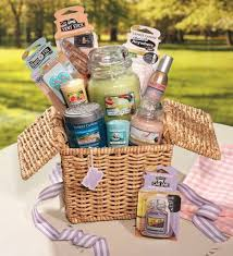 candle gift baskets 15 best yankee gift ideas by others images on yankee