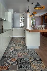 carrelage moderne cuisine focus matière les carreaux de ciments cocon de décoration le
