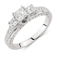 Best Wedding Ring Stores by Jewelry Rings Amazing Best Engagement Rings Photos Design For Men