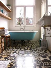 how to paint ceramic floor tiles in the bathroom