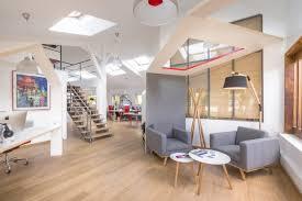 bureaux de travail l agence cce invente le bureau cabane un espace de travail