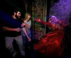 universal studios halloween horror nights 2015 scaredy cat u0027s survival guide to universal studios hollywood horror
