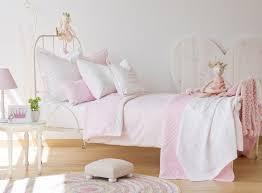 deco chambre romantique beige merveilleux deco chambre romantique beige 6 accessoires et