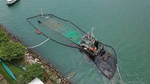 round table discovery bay oil leak from hato hit ship in hong kong discovery bay sparks