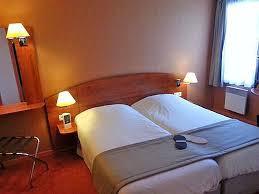 chambre kyriad hôtel kyriad caen sud 3 étoiles dans le calvados tourisme calvados
