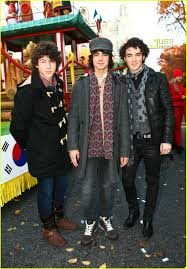abc thanksgiving day parade the jonas brothers thanksgiving day parade photo 753131 joe