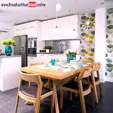Fertige K Henzeile Weiße Küchenzeile Holz Esstisch Farbige Tapeten Blumen Youtube