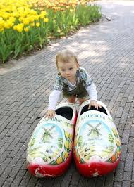 buy boots netherlands 156 best s wooden shoes images on wooden shoe