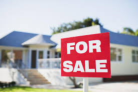 5 reasons not to buy a house and 5 reasons you should