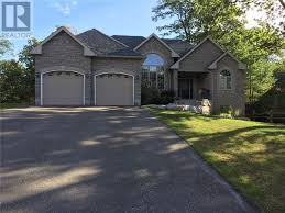 Barrie House 21 Valley Drive Barrie U2014 For Sale 899 000 Zolo Ca