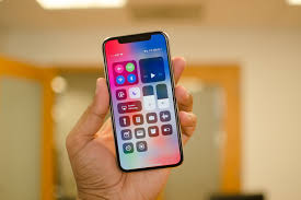 Iphone X Apple Is Still Working On An Iphone Without A Notch According To