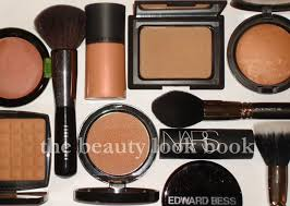 best bronzer for light skin summer guide to my bronzer favorites the beauty look book