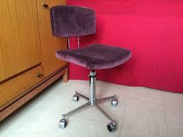 chaise de bureau style industriel vendue chaise de bureau vintage style industriel ées 1960