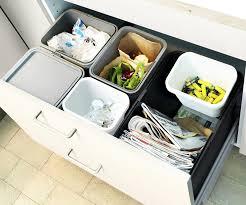 ikea cuisine poubelle cinq essentiels pour sa cuisine morasse maison