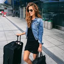 minimal classic black dress denim jacket can combine with tan