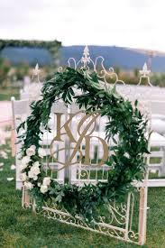 greenery spring wedding decor ideas youll love 25