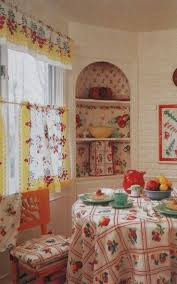 Retro Kitchen Curtains by 75 Best Dining Rooms U0026 Banquettes Images On Pinterest Kitchen