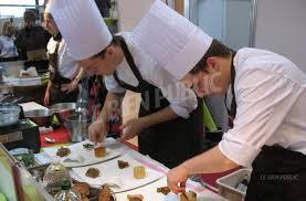 vente aux encheres cuisine encadré concours démonstrations vente aux enchères