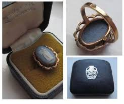 art glass lion ring holder images Wedgwood ring ebay JPG