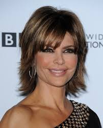 back view of lisa rinna hairstyle lisa rinna short hair styling ideas straight from the celebs