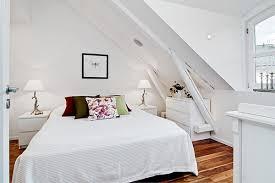 schlafzimmer mit dachschrge gestaltet kleine schlafzimmer kreativ gestalten 45 zeitgenssische ideen für