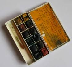 the tiny paint box that inspired me to make my own