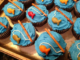 the 25 best fishing cupcakes ideas on pinterest fish cupcakes